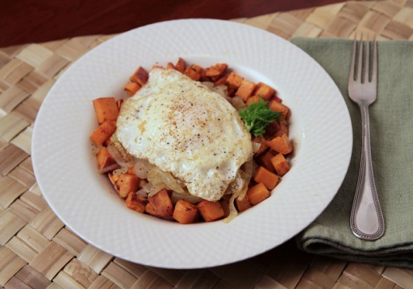 Meal with sweet potatoes and fennel, onion and sausage topped with an egg. #fennel @mjskitchen mjskitchen.com