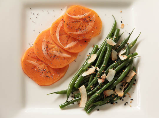 Complementary sides - easy green beans with persimmon carpaccio mjskitchen.com