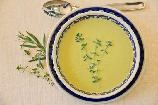 Cold Asparagus and Garlic Soup #asparagus @MJsKitchen