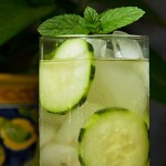 Cucumber cocktail with or without vodka