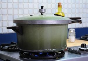 1970's pressure cooker | mjskitchen.com