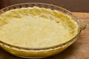 An easy and quick method for making quiche crust