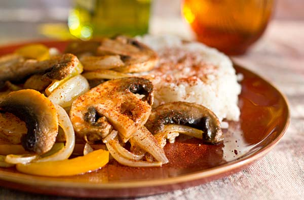 Sauteed Mushrooms with chile powder and paprika