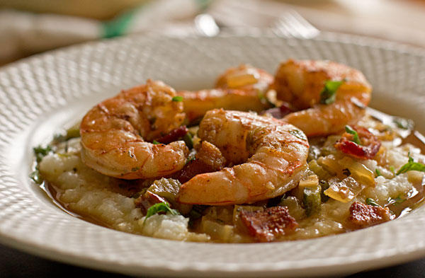Bowl of Shrimp and Grits mjskitchen.com