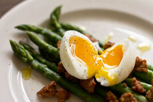 Asparagus, Mexican Chorizo and a Soft-Boiled Egg