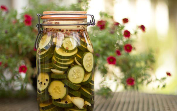 Make your own cucumber vinegar with pepper and garlic