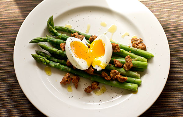 Asparagus Chorizo and Soft-Boiled Egg Salad @MJsKitchen mjskitchen.com