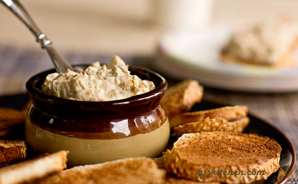 New Mexico Green Chile Cheese Spread with toasted pecans and bagel chips