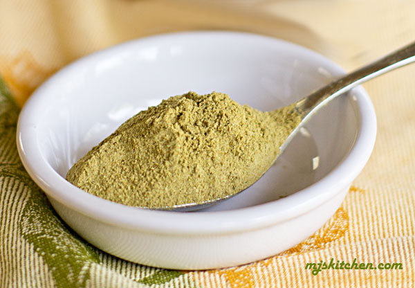 A chile powder made from dried green chiles