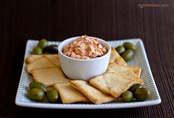 Roasted Bell Pepper Cheese Spread