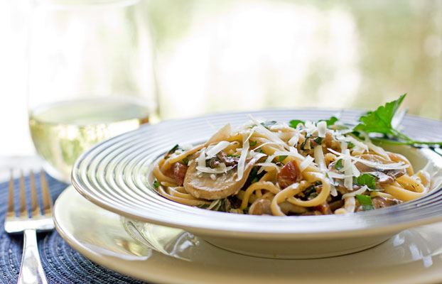 Fennel Spiced Ham and Mushroom Pasta