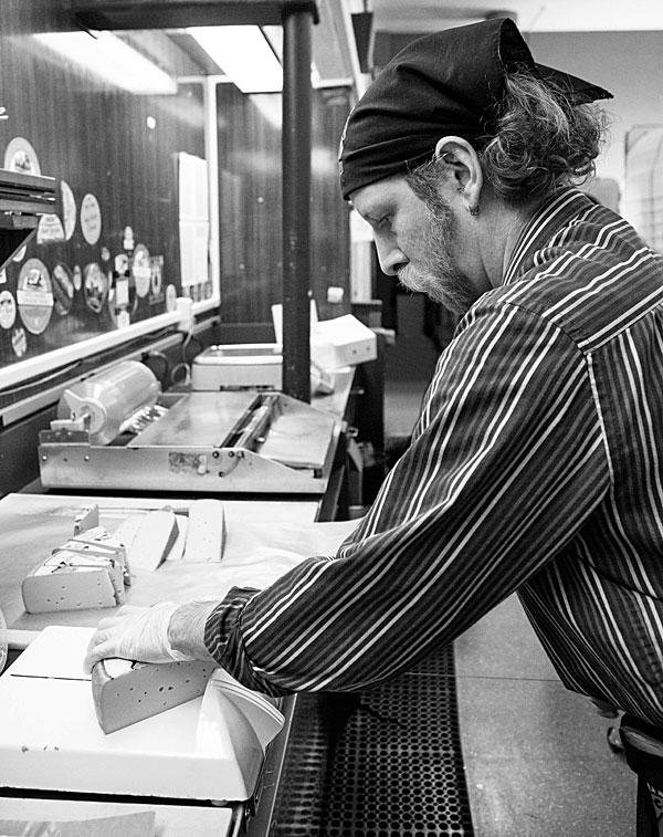 Derrick Sanders, Cheesemonger @ La Montanita Co-op | mjskitchen.com