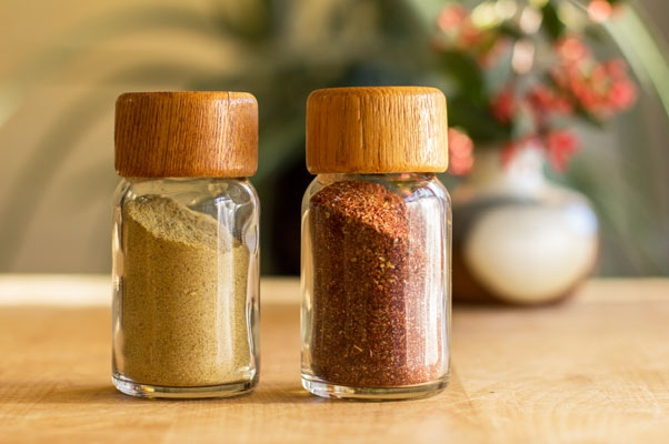 Chile Spice blends made with New Mexico red and green chile powders | mjskitchen.com