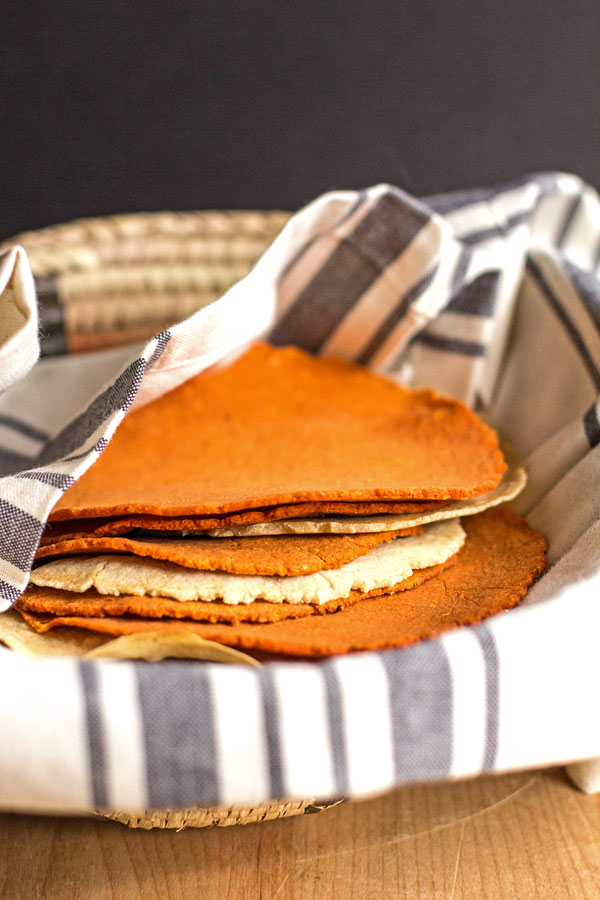 How to make red chile and corn tortillas #tortillas #red #chile #corn @mjskitchen