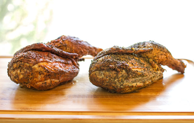 Hickory smoked chickens with two types of dry rubs | mjskitchen.com