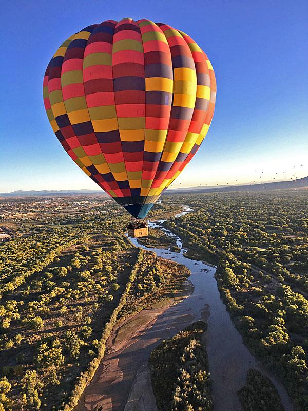 Hot air ballong in the Splash & Dash at the Albuquerque International Balloon Fiesta @mjskitchen