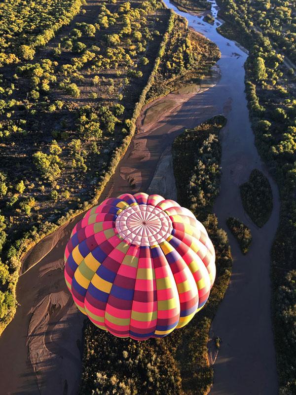Hot air balloon in the Splash and Dash at the Albuquerque International Balloon Fiesta @mjskitchen