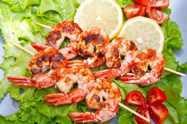 Citrus Grilled Prawns - One of 5 ideas for grilling during the holidays | mjskitchen.com
