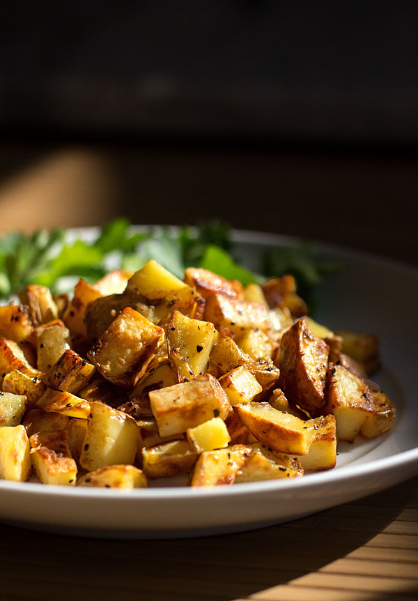 An easy method for making tasty potato home fries on the stovetop #fries #potatoes @mjskitchen