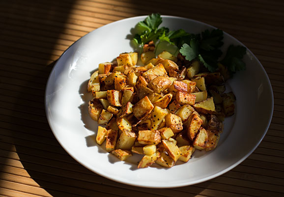 An easy method for making tasty potato home fries on the stovetop mjskitchen.com