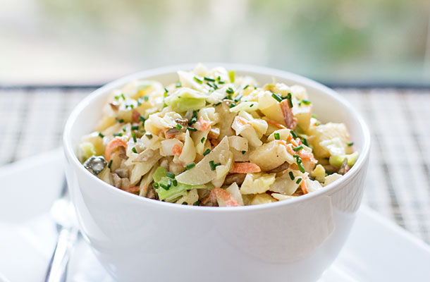 A cabbage apple slaw with green chile dressing #greenchile #slaw | mjskitchen.com