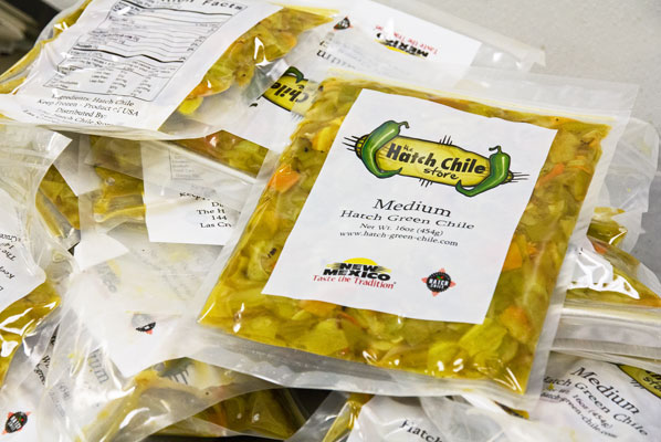 The Hatch Chile Store sells Hatch chile roasted, peeled, chopped and packaged. #Hatchchile @mjskitchen