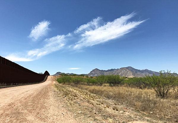 The fence at the Arizona - Mexico border (2017)