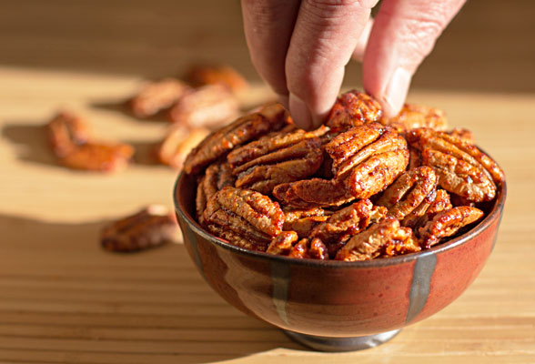 Red Chile Pecans roasted with a slurry of maple syrup and New Mexico red chile powder #redchile #New Mexico #pecans | mjskitchen.com